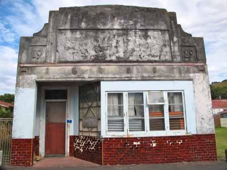 1929 Tokomaru ghost town building.